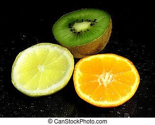 Slice of fruits