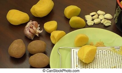 Sliced raw potatoes – cooking