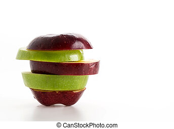 sliced red and green apple