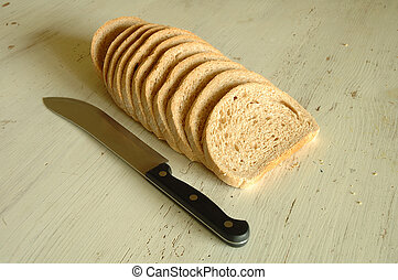 Slices of bread and knife