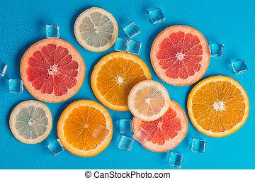 slices of orange grapefruit and lemon