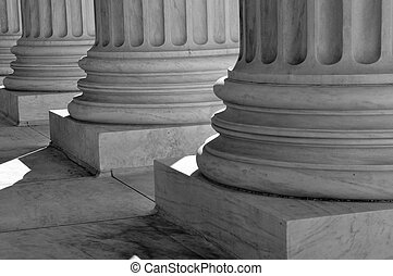 sloup, svrchovaný, sjednocený, ucházet se, soudce, postavení, právo