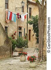 slow living in Italy - italian nook ,Populonia village,...