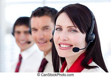 sluchátka, usmívaní, kamera, business četa
