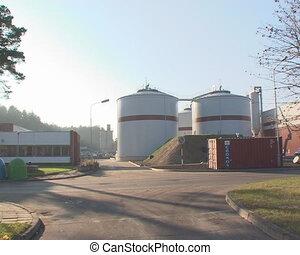 Sludge rot tank biogas