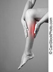smärta, in, den, kalv muskel, av, den, woman., massera, av,...
