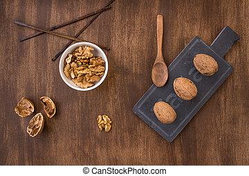 smak, walnuts, zenit