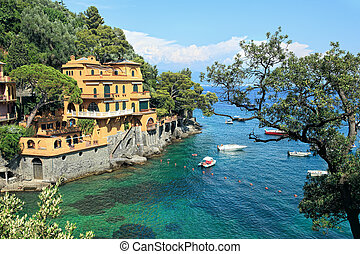 Small bay. Portofino, Italy. - View on small bay and ...