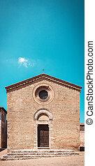 Small churche in the town San Gimignano