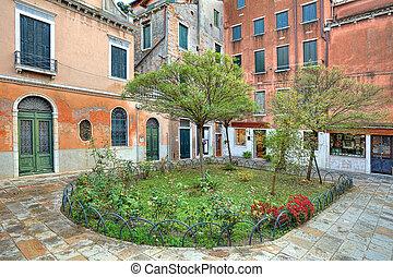 Small courtyard. Venice, Italy.