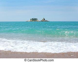 Small Island in adriatic sea - Small Island on horizon over ...