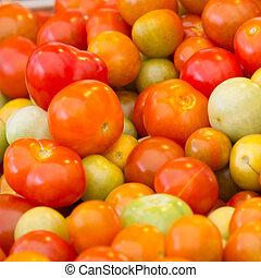 small tomato background for papaya salad (somtam) 2
