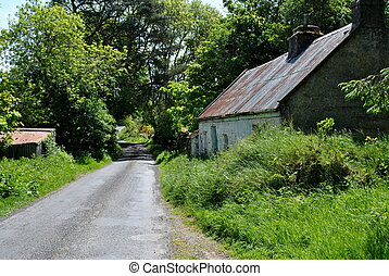 traditional irish cottage - small traditional irish cottage...