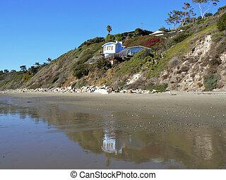Small villa at the beach