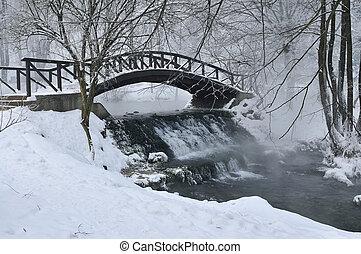 small wooden bridge at winter - small wooden bridge over ...