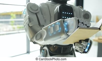 Smart robotic machine making notes - Not to forget. Focused...