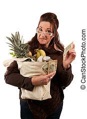 Smart Savvy Grocery Shopper