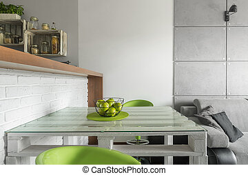 Smart solution for small dining area