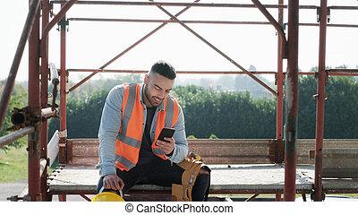 smartphone, 働き 場所, 建設, 使うこと, 微笑の人