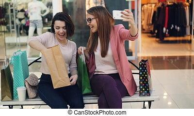 smartphone, 쇼핑, 간담, 을 사용하여, mall., 만들다, 현대, 소녀, 나이 적은 편의, ...