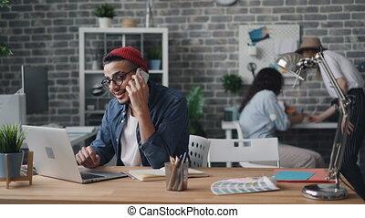 smartphone, bureau, business, séance, créatif, appelez bureau, propriétaire, confection