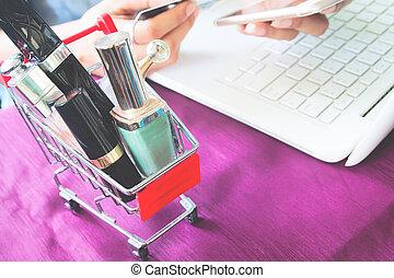 smartphone, concept, achats, beauté, carte, image, ligne, haut, articles, crédit, femme, produits de beauté, charrette, fin, utilisation