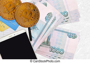smartphone, cryptocurrency, russe, exploitation minière, investissement, commerce, doré, crédit, rubles, cartes., bitcoins, concept., 1000, factures, ou, crypto