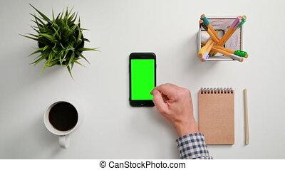 smartphone, défilement, doigt