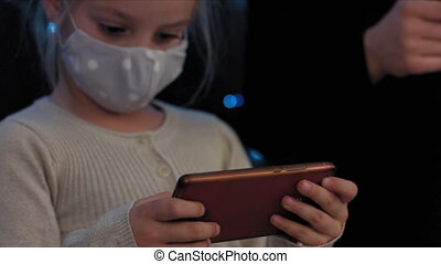 smartphone, enfant joue
