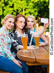 smartphone, kleingarten, selfie, bier, friends, nehmen