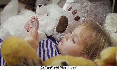 smartphone, lit, maison, girl, mensonge, heureux