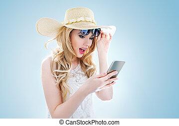 smartphone, młody, elegancki, używając, portret, dama