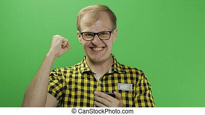 smartphone, oui, lunettes, célèbre, caucasien, geste, homme