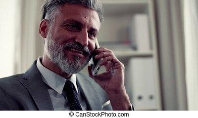 smartphone, téléphone, mûrir, confection, homme affaires, call.