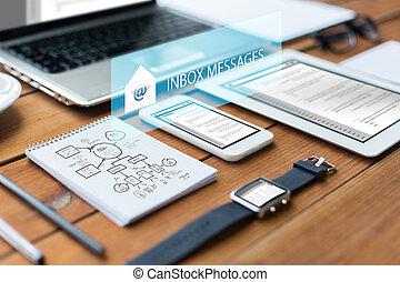 smartphone, tablette, haut, ordinateur portable, pc, fin