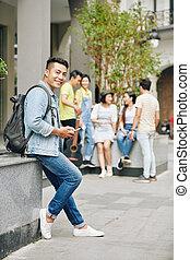 smartphone, uniwersytecki student