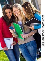smartphones, 生徒, 後で, 楽しい時を 過すこと, クラス