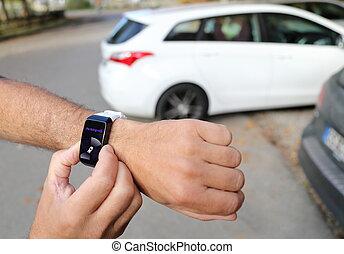 smartwatch, coche, unparking, autónomo