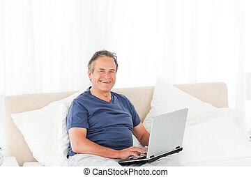 Smiling man looking at the camera