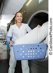 smily, γυναίκα , δούλεμα εις , ένα , βιομηχανικός , μπουγάδα...