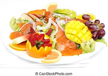 Smoked salmon salad with fresh fruit