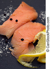 smoked salmon with lemon