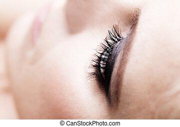 Smokey eye - Photo of a woman smokey eye makeup