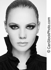 Smoky eyes - Black and white portrait of beautiful stylish ...