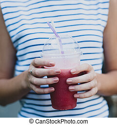 Smoothie in the hands