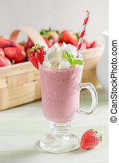 smoothie morango, feito, de, frutas frescas