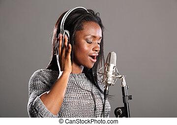 smuk kvinde, mic, musik, indgåelse, sang, sort