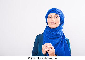 smukke, asiat, muhammedansk, kvinde, model, poser, på hvide, baggrund, ind, studio