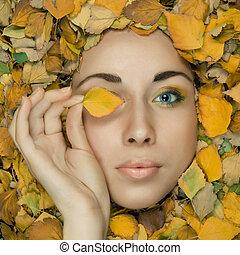 smukke, blå, blad, løvværk, closeup, makeup, kreative, baggrund., studio, eyed, holde, portræt, model
