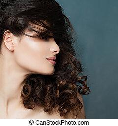 smukke, brunette, kvinde, hos, curly hår, closeup, portræt